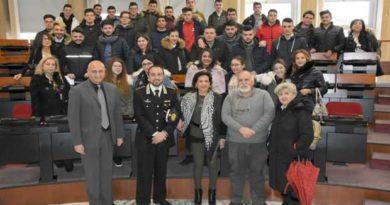 """I NAS dei Carabinieri protagonisti di """"Io compro originale"""", progetto di MDC Cosenza"""