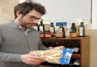 Lo Chef Manfredi Bosco in Spagna con i prodotti regionali di qualità.