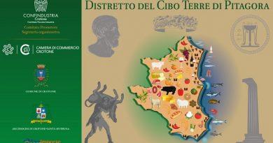"""Crotone aderisce al comitato promotore del costituendo Distretto del Cibo """"Terre di Pitagora""""."""